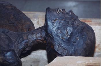 Momia de la sacerdotisa egipcia Esoeris (Gran Isis)
